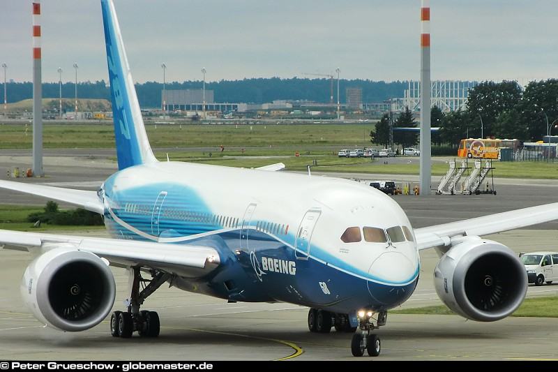 boeing corp Boeing company, everett, washington 107,982 likes the boeing company is an american multinational corporation that designs, manufactures, and sells.