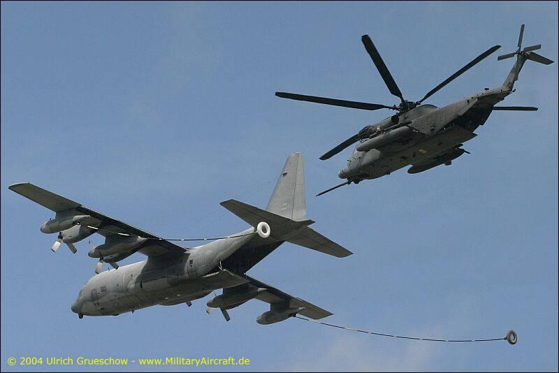 MC-130P_MH-53M_003_RIAT2004_0044_800.jpg