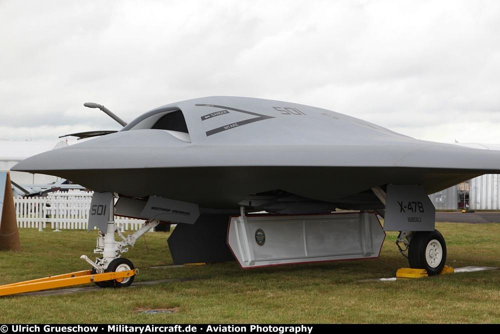 Photos Northrop Grumman X 47b Ucas Militaryaircraft De