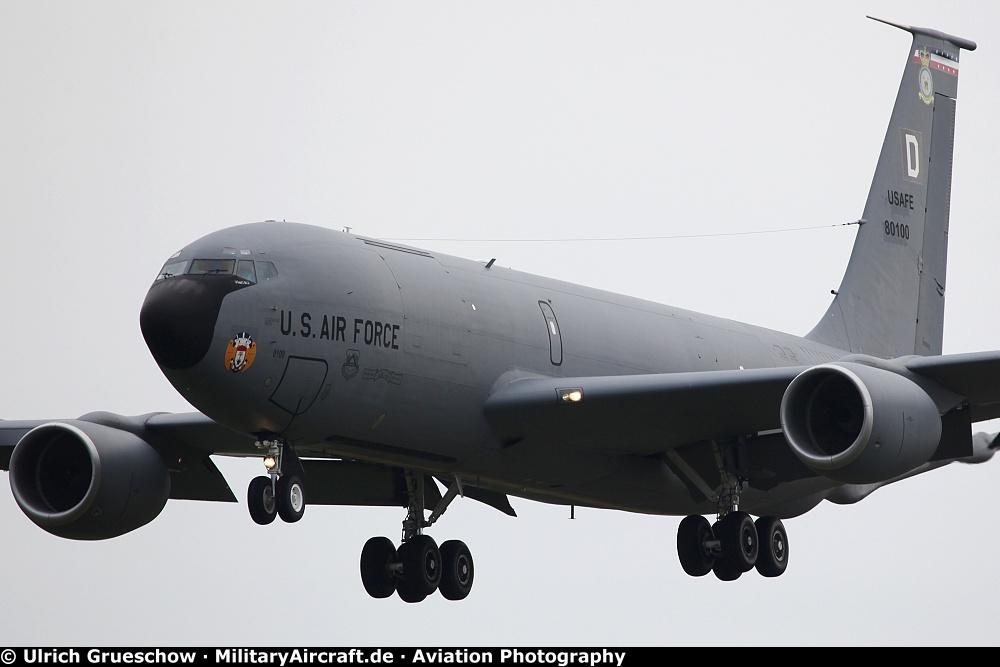 kc-135 fuel system