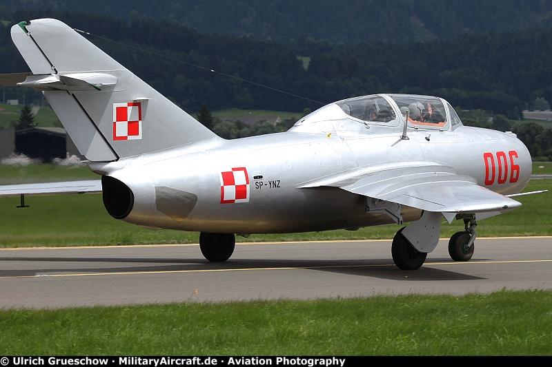 Photos: Mikoyan-Gurevich MiG-15 Fagot | MilitaryAircraft de