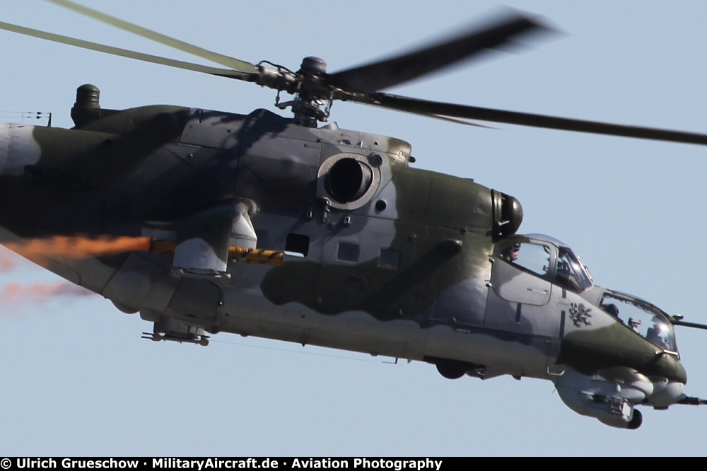 Download image 2014 Military Helicopter Types PC, Android, iPhone and ...